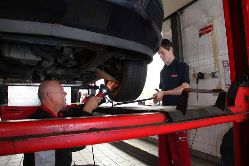 Apprentice technician